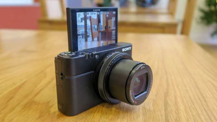 cybershot rx100 point and shoot camera